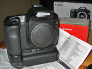 Canon EOS 5D Mark II 21MP DSLR