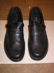 Новые чёрные демисезонные  туфли,  разм. 46,  натуральная кожа,  Югослави