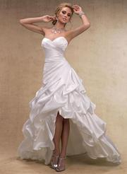 Пошив свадебных платьев по вашей фигуре.