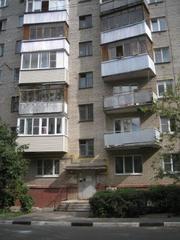 Однокомнатная квартира г. Подольск ул.Б.Зелёновская,  центр.