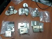 Замки и фурнитура объемные с индикатором,  коннекторы для сантехкабин