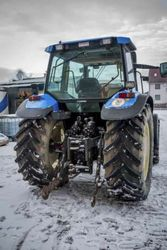 Трактор Case New Holland TS115 John Deere
