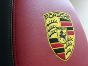 Перетяжка торпеды на Porsche Cayenne/Panamera.