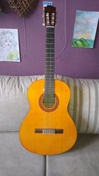 Акустическая гитара YAMAHA CM 40
