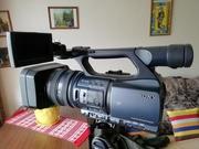 видеокамера DCR-VX2200E
